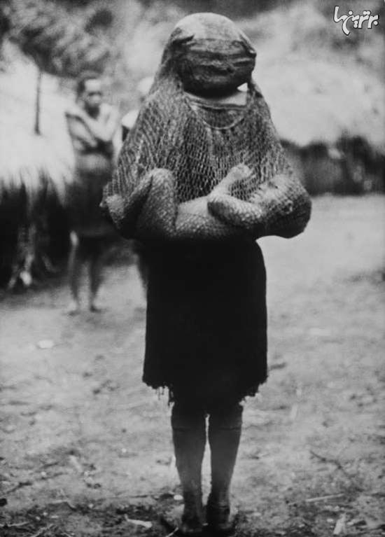 تصاویری قدیمی از مادران گوشه و کنار دنیا