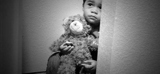 نشانههای هشداردهنده خودکشی در فرزندتان را بشناسید